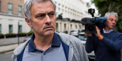 Mourinho loveste in Einsteinii din fotbal