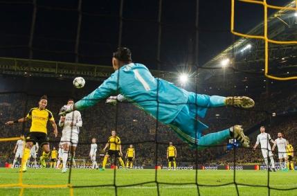Borussia Dortmund ramane neinvinsa pe teren propriu cu Real Madrid