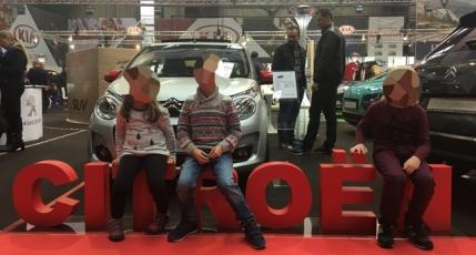 SAB 2016, un showroom mai mare cu masini inchise si cu un SUV de lux cu usa din plastic