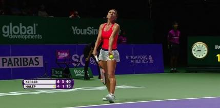Simona Halep pierde in fata liderei mondiale Angelique Kerber la Turneul Campioanelor