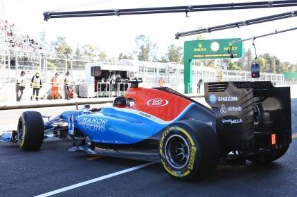 Formula 1: Hamilton il bate pe Rosberg in calificarile din Mexic