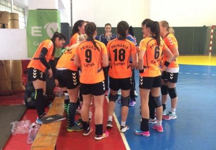 Rapid o spulbera pe Dinamo in Divizia A la handbal feminin. CSM Slatina face scor cu liderul CSU Resita