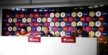 Christoph Daum n-are dileme inaintea meciului cu Polonia si nu se teme de o eventuala demitere