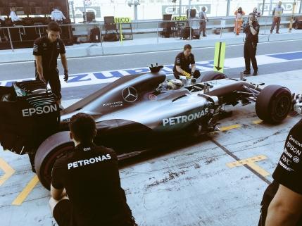 Hamilton in fata lui Rosberg in primele antrenamente din Abu Dhabi