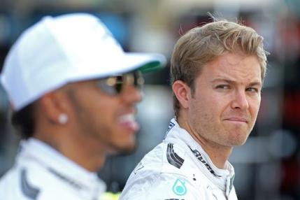 TUR cu TUR Formula 1, Cursa din Abu Dhabi pentru titlul mondial. Final electrizant cu patru piloti in lupta pentru victorie