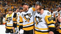 Pittsburgh Penguins si-a pastrat Cupa Stanley