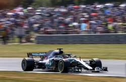 Hamilton in pole position la Silverstone