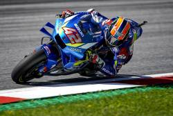 Final senzational in cursa MotoGP de la Silverstone